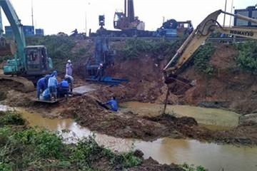 Đường ống nước sông Đà vỡ lần thứ 11