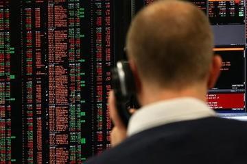 Tuần qua các quỹ đầu tư toàn cầu mất ròng 29,5 tỷ USD