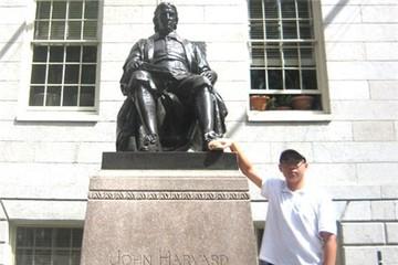 Nam sinh Việt đầu tiên giành điểm tuyệt đối bài thi xét tuyển đại học Mỹ