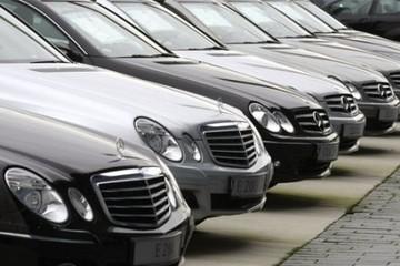 Doanh số bán ô tô tháng 8 giảm 10%