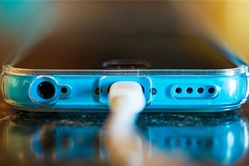Bạn đang sạc pin smartphone sai cách?