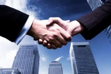 Hơn 46% cổ phần sang tay giá trần, MHC