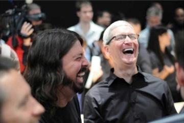 Vì sao Apple và Google lại