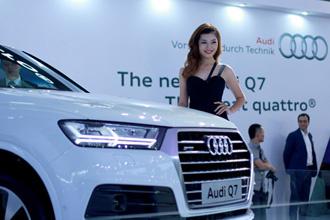 Video: Có gì tại triển lãm Xe hơi Quốc tế Việt Nam lần thứ nhất?