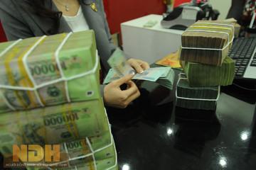 Fitch: Các ngân hàng Việt vẫn đang đối mặt với rủi ro về chất lượng tài sản
