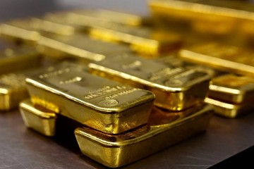 Giá vàng bất ngờ tăng mạnh nhất 1 tháng