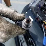 Người dùng đã có thể tự làm xe Mazda3 hết lỗi động cơ!