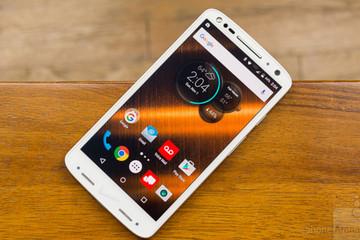 6 smartphone độc dị bất ngờ ra mắt năm 2015