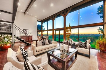 Bên trong căn nhà đang rao bán 3,5 triệu USD của CEO Microsoft