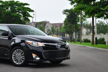 Toyota Avalon giá 2,6 tỷ đồng, đắt hơn Lexus ES250 tại Việt Nam