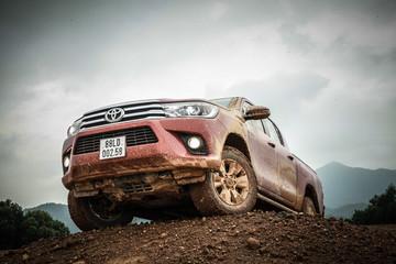 Cơ hội nào cho Toyota Hilux!
