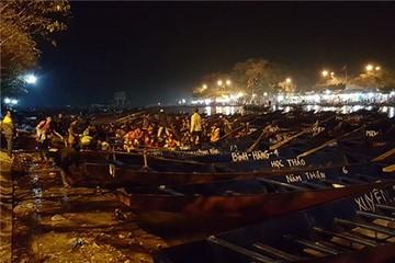 Hội Chùa Hương 2016: Sợ tắc đường, ngàn người khai hội lúc… nửa đêm