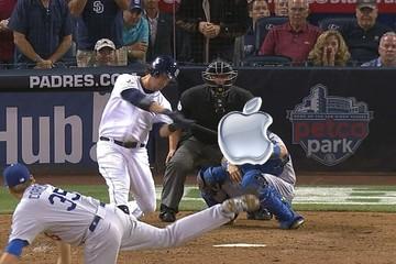 """Apple """"chơi"""" bóng chày"""