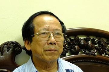 """Người Việt tự đầu độc bằng thực phẩm """"ngậm"""" kháng sinh: Nếu cứ tiếp tục sẽ là tự sát"""