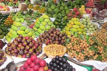 Trái cây miền Tây tăng giá vì mất mùa