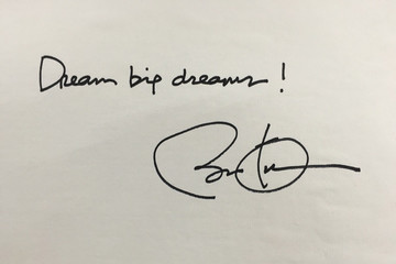 Món quà đặc biệt Tổng thống Obama tặng ông chủ Dreamplex