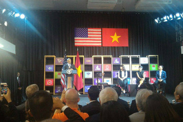 Tổng thống Obama nói gì nếu con gái muốn sang Việt Nam sống?