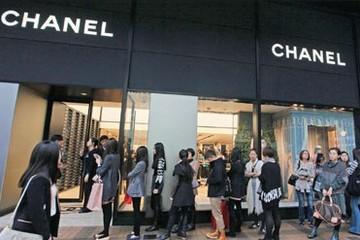 Hồng Kông là nơi mua hàng hiệu tốt thứ 2 thế giới