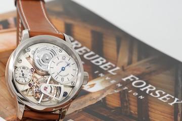 4 cao thủ làm đồng hồ đã mất 5 năm để tạo nên siêu phẩm 1.46 triệu $