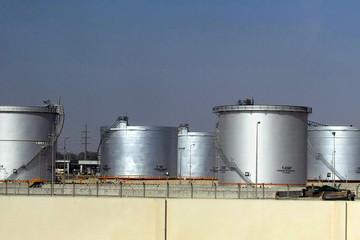 Giá dầu tăng phiên thứ 3 liên tiếp do lo ngại về nguồn cung