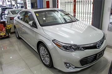 Hàng hiếm Toyota Avalon Hybrid 2014 giá 2,2 tỷ đồng