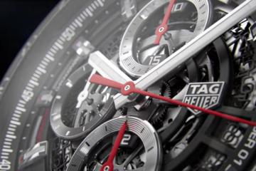 Smartwatch hạng sang của Tag Heuer giá 1.500$