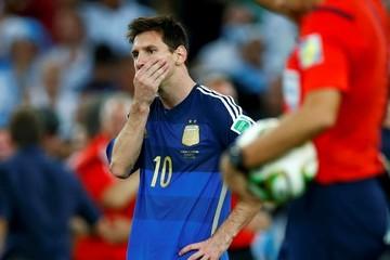 Messi 'nghỉ hưu' sớm, đội tuyển Argentina sẽ lỗ to