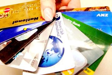 """[Infographic] Loại thẻ ngân hàng nào dễ """"mất thẻ là mất tiền"""" nhất?"""