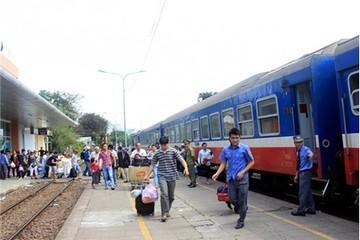 Đường sắt giảm doanh thu 6 tháng đầu năm do sập cầu Ghềnh