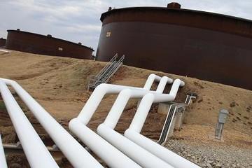 Giá dầu giảm do thừa cung, lo ngại về nhu cầu