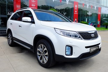 Kia Sorento phiên bản nâng cấp giá 868 triệu đồng