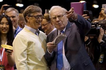 Những bài học hay từ lần đầu gặp mặt của Bill Gates và Warren Buffett