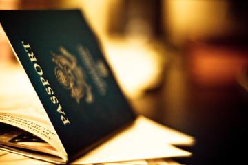 Nhà giàu Việt đổ tiền trùng tu di tích Mỹ để có thẻ xanh