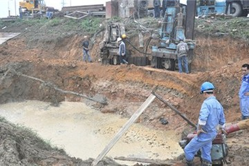 Đường ống nước sạch sông Đà vỡ lần thứ 19