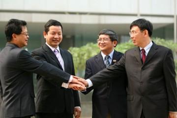 Ban lãnh đạo chủ chốt của FPT quá già so với các công ty công nghệ Việt