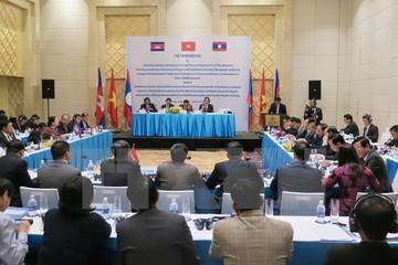 Xây dựng khu vực Tam giác phát triển Việt Nam-Lào-Campuchia
