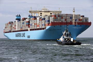 Tập đoàn vận tải biển lớn nhất thế giới Maersk tách làm đôi