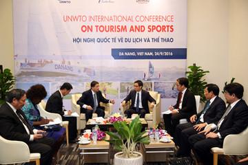 Chính phủ muốn phát triển du lịch thành ngành kinh tế mũi nhọn
