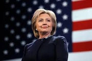 Hillary Clinton từng bị sa thải khi làm công nhân