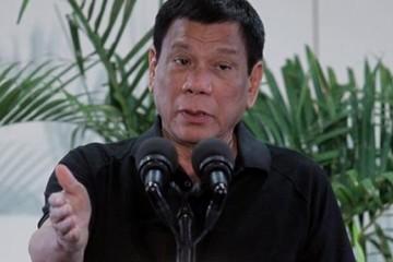 Tổng thống Philippines bóng gió ví mình với Hitler