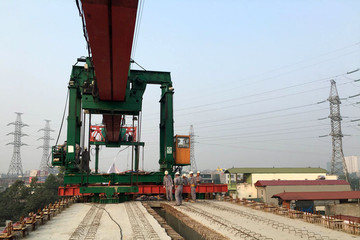 Hợp long hơn 13km tuyến chính dự án đường sắt đô thị Cát Linh-Hà Đông