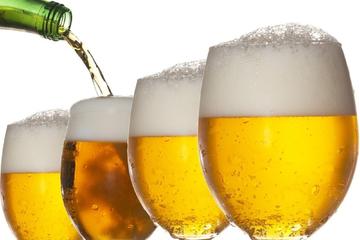 Ngành nước uống chững lại, bia vẫn tăng trưởng ấn tượng