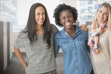 Vì sao nữ giới luôn chịu thiệt thòi khi tiếp cận vốn?