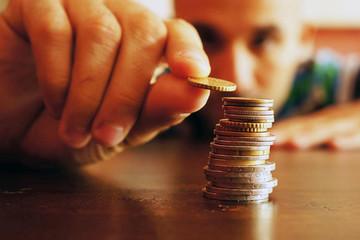 Những doanh nghiệp nổi danh TTCK đều đặn thu triệu đô mỗi ngày