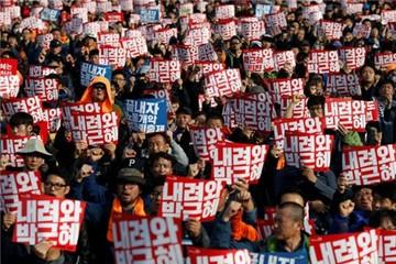 Seoul lại biểu tình lớn đòi bà Park Geun-hye từ chức
