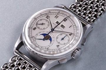 Không nạm kim cương hay dát vàng, chiếc đồng hồ này vẫn lập kỷ lục với giá 11 triệu USD