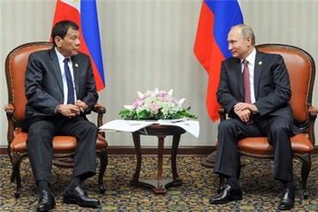 Gặp Putin, Duterte công kích phương Tây 'đạo đức giả'