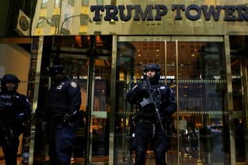 New York tốn 1 triệu USD/ngày để bảo vệ gia đình ông Trump