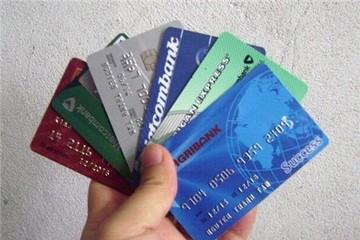 Phí thẻ ngân hàng tại Việt Nam thuộc loại cao nhất thế giới