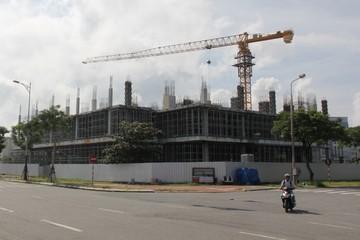 Đà Nẵng: Yêu cầu chủ đầu tư cao ốc 33 tầng xây dựng không phép ngưng thi công